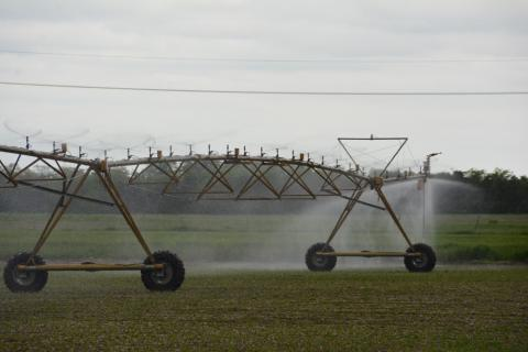 Center pivot irrigation system with a leak at the end tower